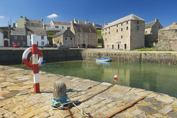 Whisky Galore in glorious Scottish seaside town » VisitAberdeenshire